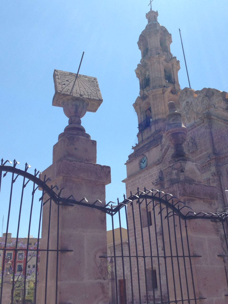 Sol El De La Catedral AguascalientesCenturia Noticias Reloj cK1lTF3J